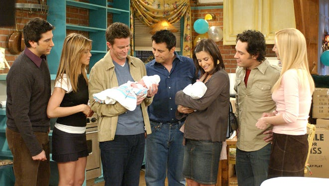 """AP David Schwimmer, left, Jennifer Aniston, Matthew Perry, Matt LeBlanc, Courteney Cox, Paul Rudd and and Lisa Kudrow appear in this scene from the series finale of NBC?s ?Friends.? ** EMBARGOED FROM RELEASE UNTIL 1:15 A.M. EDT, MAY 7 ** David Schwimmer, left, Jennifer Aniston, Matthew Perry, Matt LeBlanc, Courteney Cox Arquette, Paul Ruddand, and Lisa Kudrow appear in this scene from the series finale of NBC's """"Friends,"""" in this undated publicity photo.  After 10 years the popular TV comedy, which followed six New York coffee shop regulars, aired its  finale Thursday, May 6, 2004. (AP Photo/Wanrer Bros.)"""