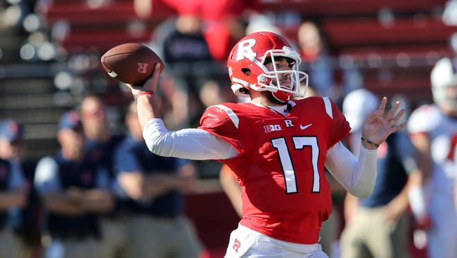 Rutgers quarterback Gio Rescigno (17) throws a pass during the second half of an NCAA college football game against Illinois, Saturday, Oct. 15, 2016, in Piscataway, N.J. Illinois won 24-7. (AP Photo/Mel Evans)