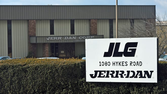 JLG, 1080 Hykes Road, photographed Thursday, February 2, 2017, will be moving production from plants in Ohio and Europe to Greencastle.