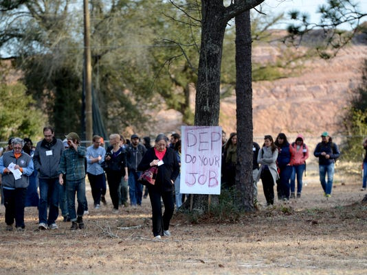 Environmental activists visit the Wedgewood community