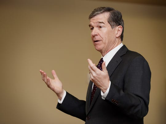 Gov. Roy Cooper addresses a roomful of Valley Springs Middle School students during the Students@Work program at Mission Cancer Center March 27, 2018.