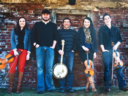 The Cape Breton group Coig performs a holiday show at the University of Vermont.