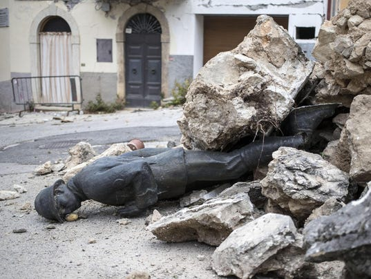 EPA ITALY EARTHQUAKE AFTERMATH DIS EARTHQUAKE ITA NO