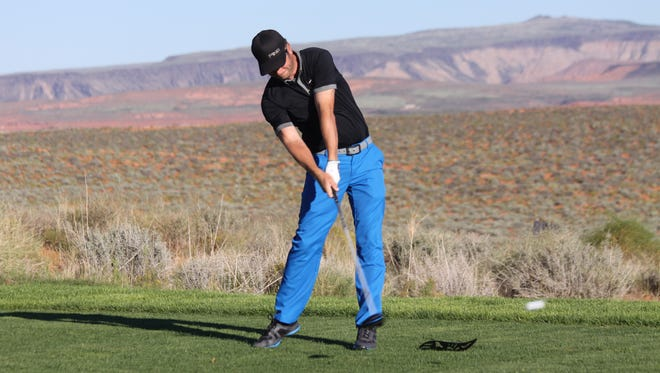 Dusty Fielding and four out-of-state golfers take the Sand Hollow Open lead with rounds of 8-under (64) at the Sand Hollow Resort Championship Course in Hurricane.