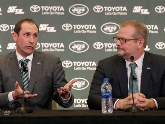 Jets coach Adam Gase and general manager Mike Maccagnan during a press conference on Jan. 14, 2019.