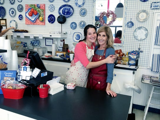 The Picnic Cafe: owner Kathy Bonnet and her daughter