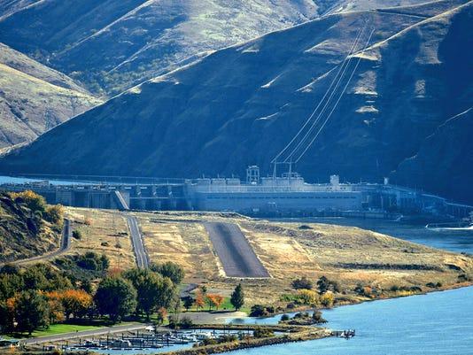 636243940265197226-Salmon-Dams-Davi.jpg