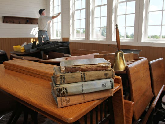 Readers responded with the stories of attending one-room schoolhouses and split classrooms.