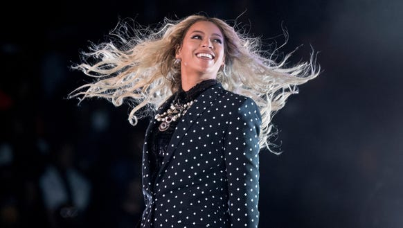 Beyonce unleashed pictures of her twins early Friday
