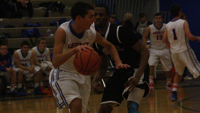 Robbie Moyers, pictured during a game last season, scored 11 points and dished out six assists.
