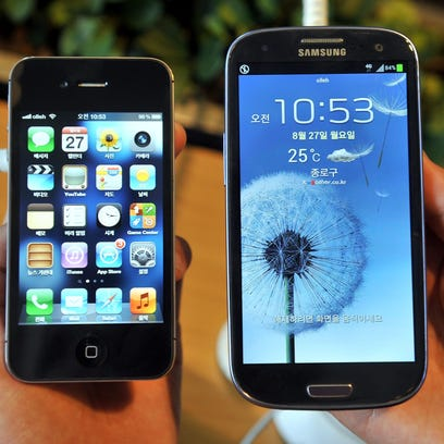 Samsung ad pokes fun at throttled iPhone to get customers to move on to Galaxy
