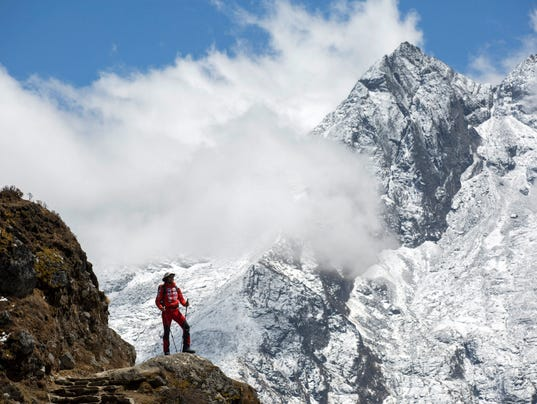 mount everest bans solo mountain climbs