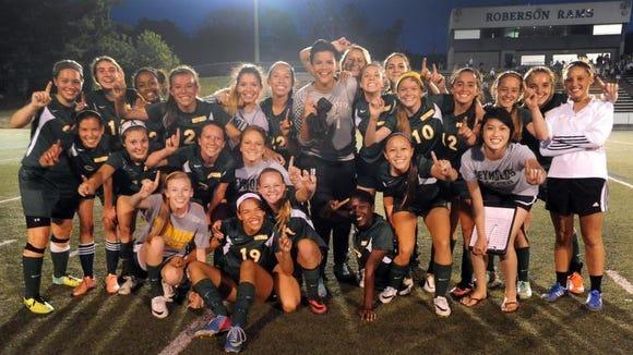 Reynolds girls soccer team