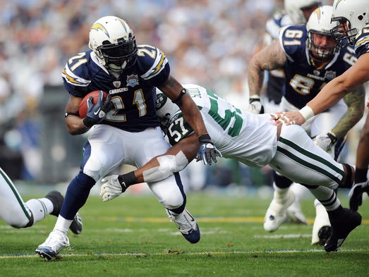Ladainian Tomlinson Headlines 2017 Pro Football Hall Of
