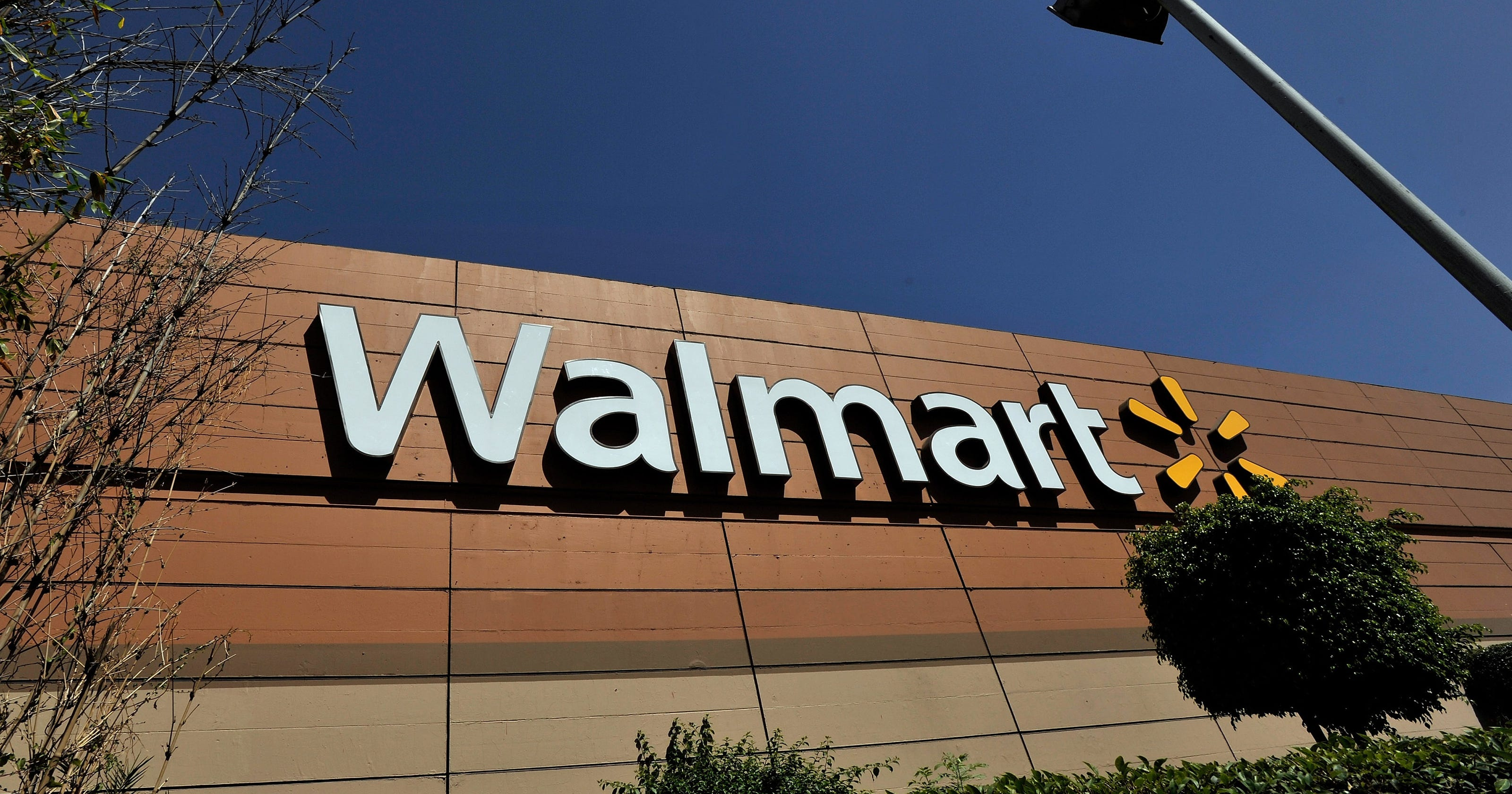 Cocoa Offers Wal Mart 29m To Open Warehouse There