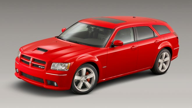 A 2008 Dodge Magnum wagon mixed hot looks with practicality.