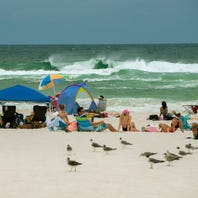 Stinging sea lice lead to purple flags at Pensacola Beach