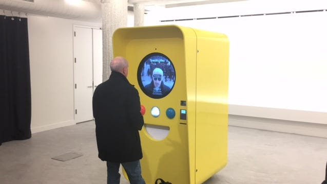 Ed Baig buys Spectacles from a Snapbot