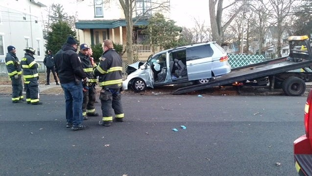 Scene of Plainfield two-vehicle crash at the intersection of Richmond Street and Putnam Avenue