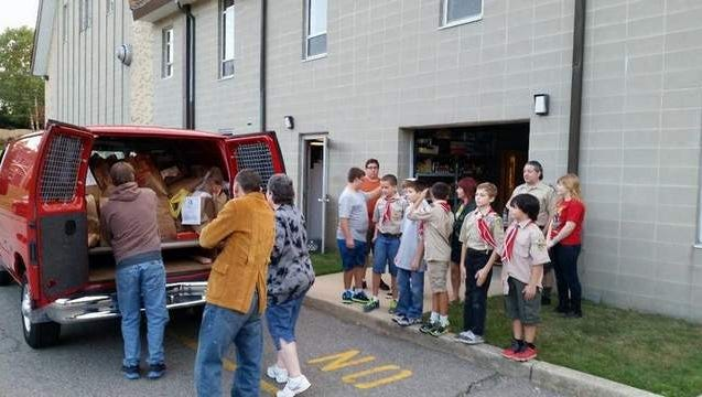 Boy Scout Troop 66 helps Food Pantry Feed the Hungry