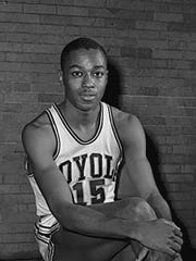 Jerry Harkness, of Loyola University, 1963 photo.