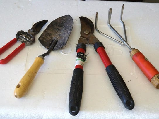 The correct gardening tools are important