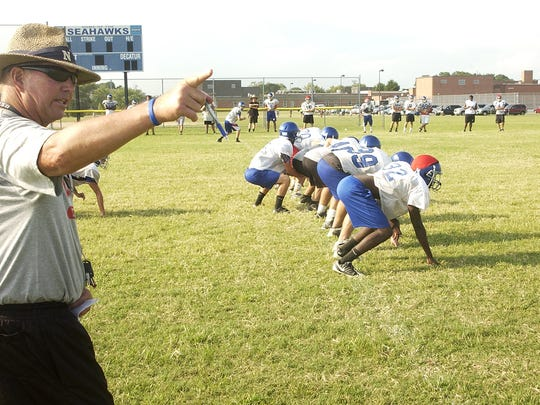 Head Coach Bob Knox directs Stephen Decatur High varsity