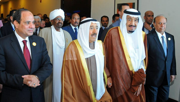 From left to right Egyptian President Abdel-Fattah