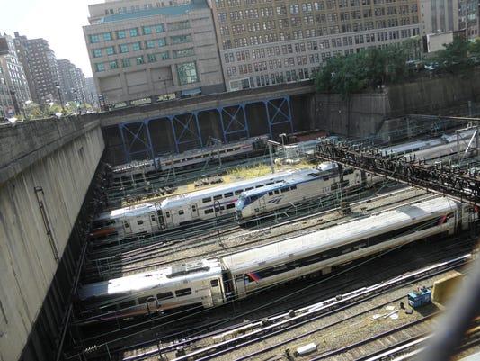 IMG_IMG_IMG_Amtrak_Gatew_3_1_ERHOL7IT.jpg_20170317.jpg