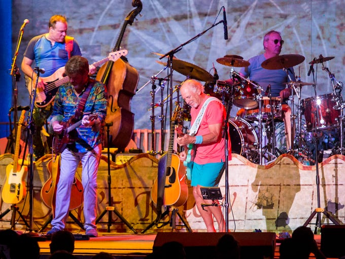 Jimmy Buffett & the Coral Reefers perform during the
