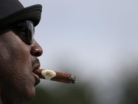 0fc81d10d3bb9e Barack Obama fires back at Michael Jordan after golf diss