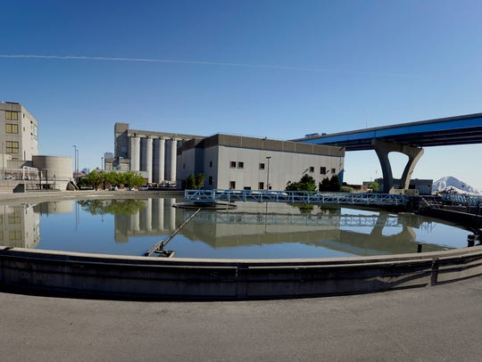This uncovered circular basin at the Jones Island sewage treatment plant west of the Hoan Bridge is used in the primary treatment of wastewater. Oil and grease are skimmed off the top of the tank. Solids that settle to the bottom are removed in this step of the process. Odors from the circular tanks have drawn complaints from residents of the Walker's Point neighborhood.