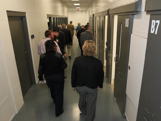 -ky ribbon cutting for new jail-5.jpg_20101022.jpg