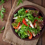 10 easy tips to keep your salad safe