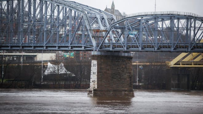 Heavy rain in Cincinnati and Kentucky on Sunday have caused flooding along the Ohio River and in some neighborhoods.