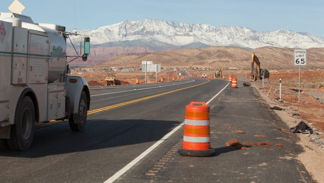 Construction crews complete construction on the Southern Parkway, connecting I-15 to Hurricane Tuesday, Jan. 12, 2016.