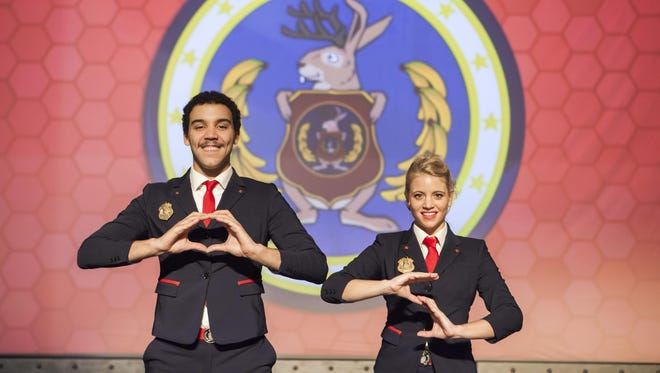 """Cliff Sellers (Agent Orion) and Jackie Reynolds (Agent Oleanna) star in """"Odd Squad Live."""""""