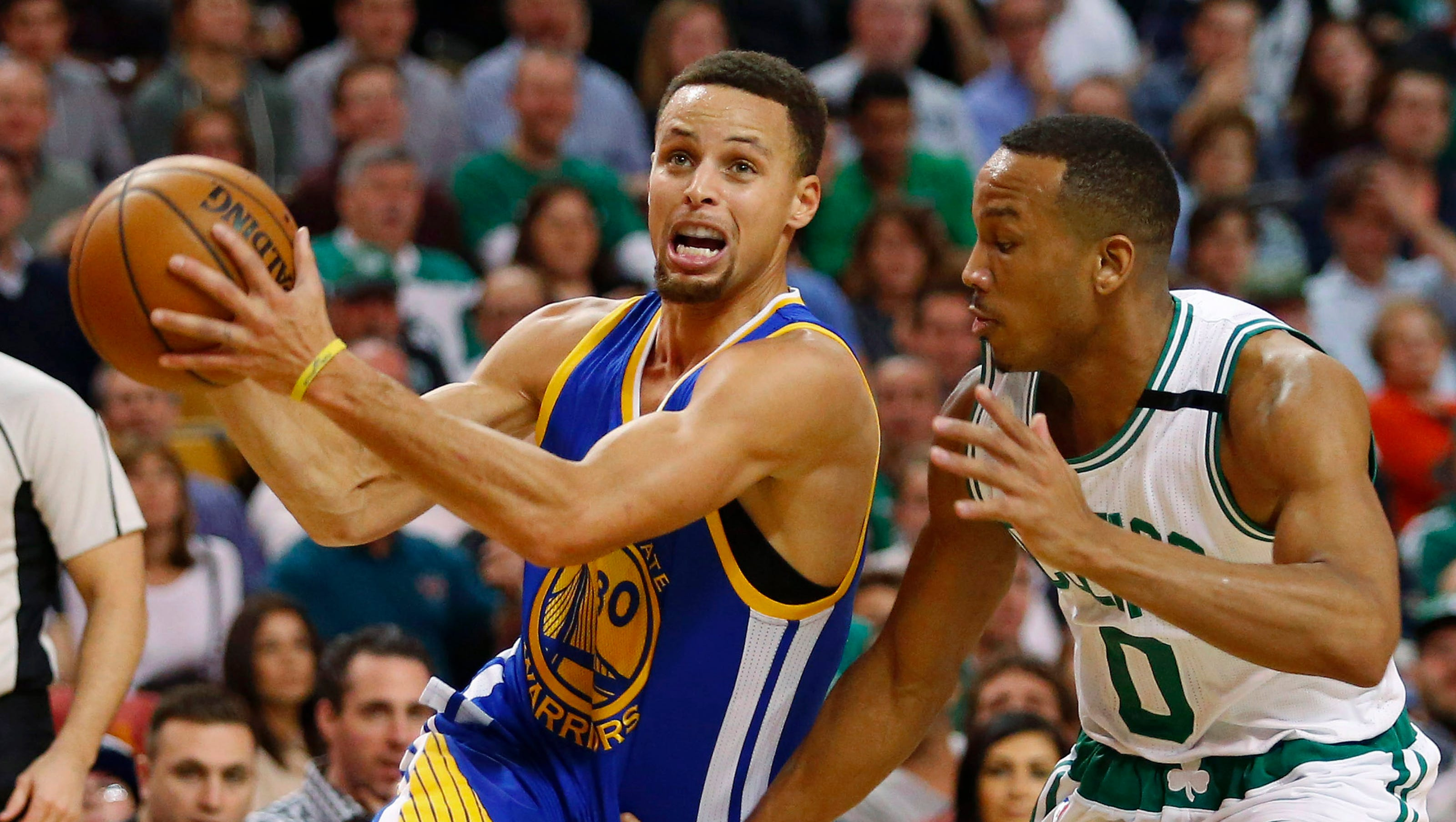 warriors edge celtics in 2ot to stretch record win streak to 24