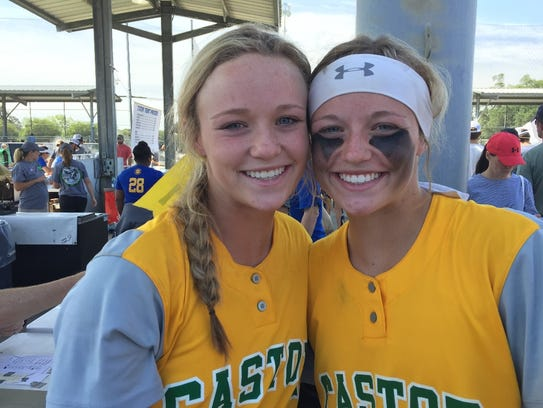 Castor's Kelsey and Kassidy Giddens