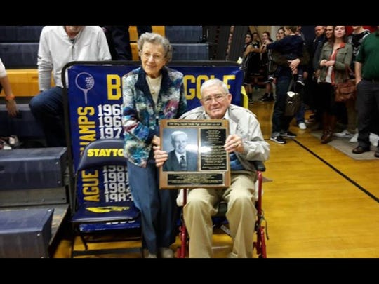 Helen and Don Carey received an award Dec. 18 at the Stayton High basketball games.