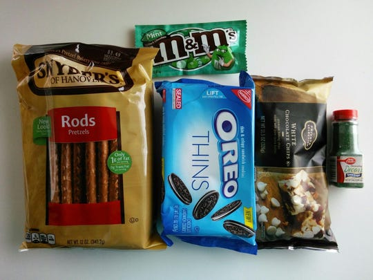 Banjaxed Pretzels call for pretzels, Oreo cookies, chocolate candies and sprinkles.