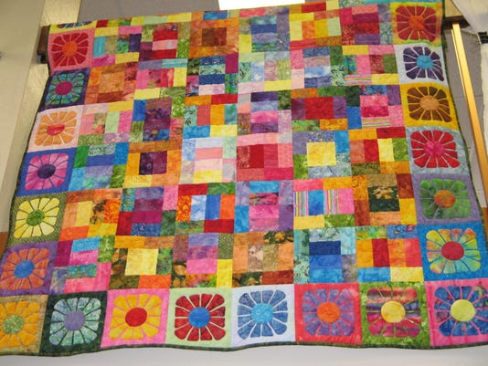 dcn 0406 dc library quilts