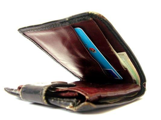 wallet-1421618