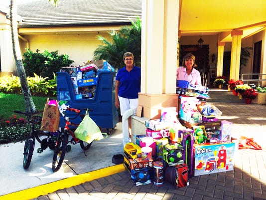 Highland Woods Country Club Toy Donation.jpg