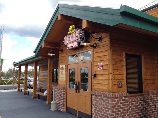 Texas Roadhouse is coming to Naples in early 2017,