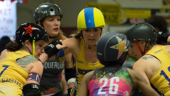 The Alamogordo Roller Derby will be taking on the Albuquerque Roller Derby Saturday evening at the Washington Park roller rink.