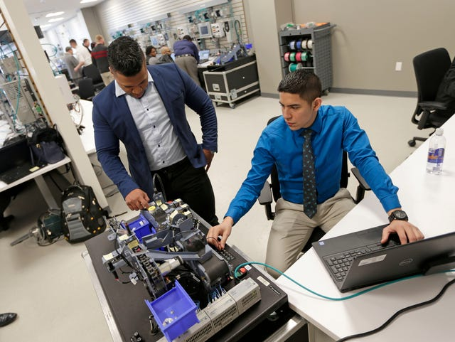 Rockwell Automation, ManpowerGroup train veterans for high