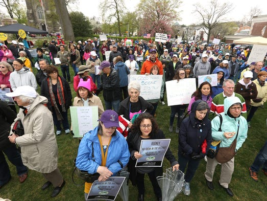 BlueWaveNJ, NJ 11th For Change, and 32BJ SEIU hold an Earth Day rally at Vail Mansion in Morristown to urge Rep. Rodney Frelinghuysen to stand by his promise to preserve open space and protect the environment