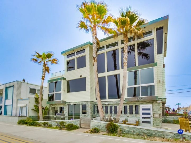 San Diego, Calif.: This two-bedroom house sleeps four.