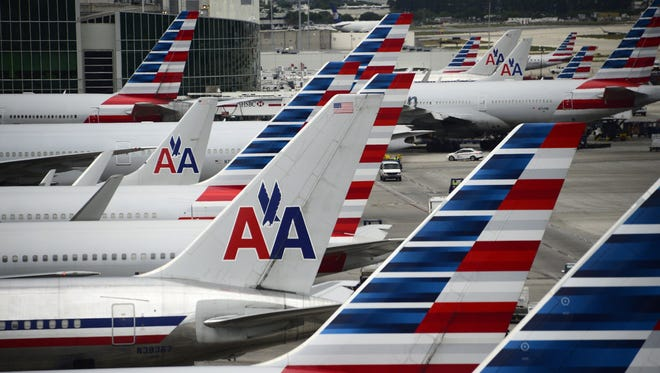 American Airlines adds flights to Chicago from Lansing on Aug. 23, 2016.